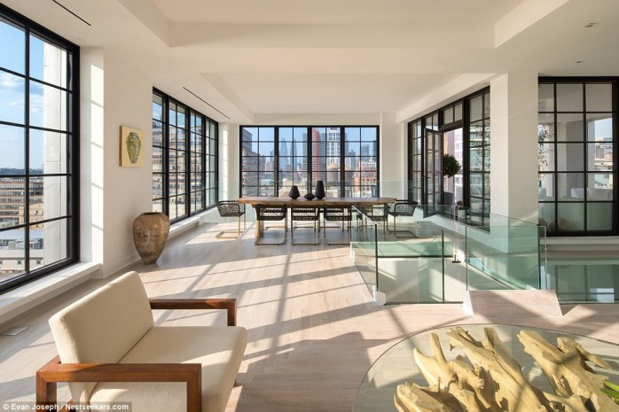 Inside the 20 million new york apartment boasting its own for Penthouse for sale nyc
