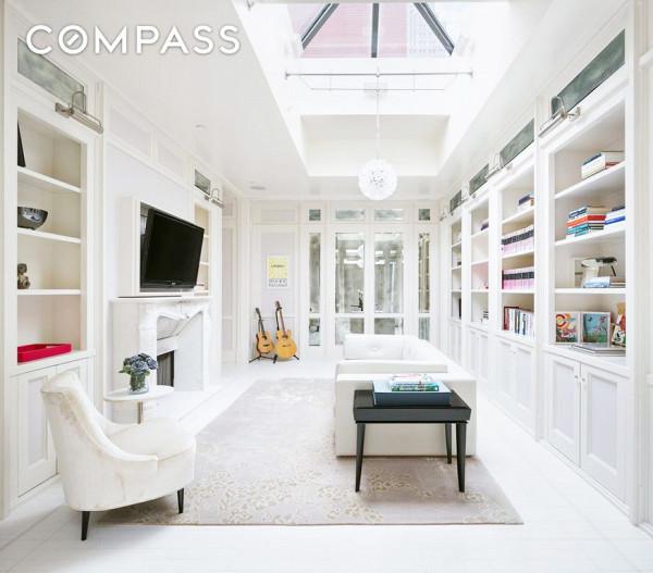 NY Gwyneth Paltrow Penthouse - livingroom - Majestic Penthouses International