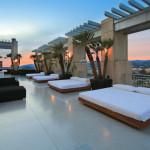 Ultra-Sleek LA Penthouse2